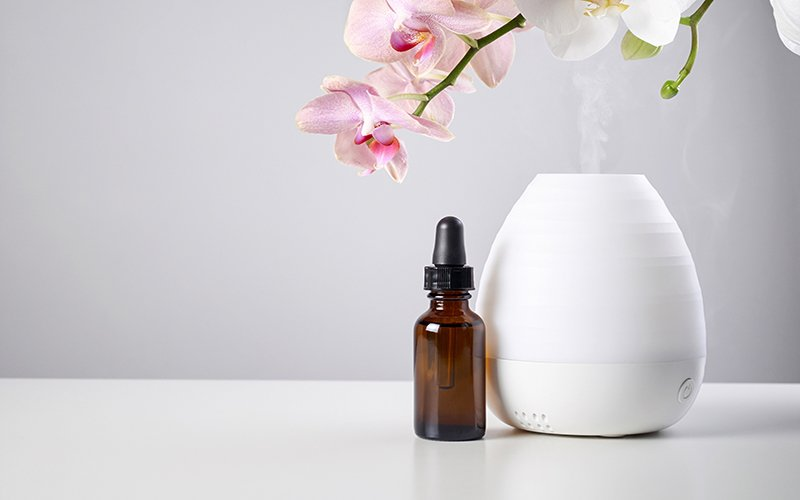 parfumer-sa-maison-avec-les-huiles-essentielles